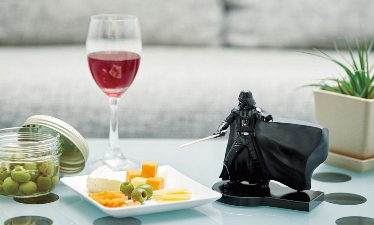 10 Star Wars Goodies for the Darth Vader Fans