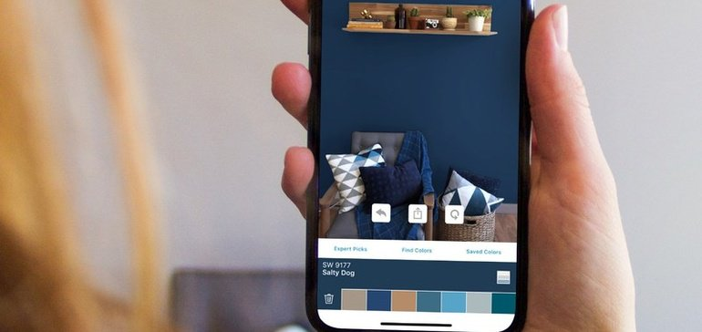 Using AR to instantly test colors on the wall - Haptical