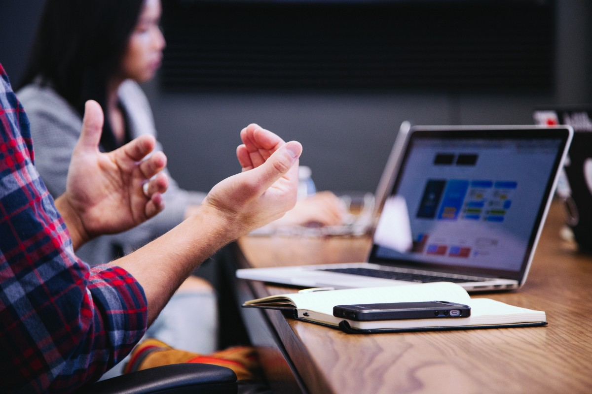 How To Interview Software Engineers Remotely