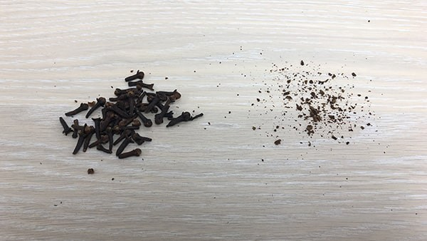 Can I grind cloves with pepper mill