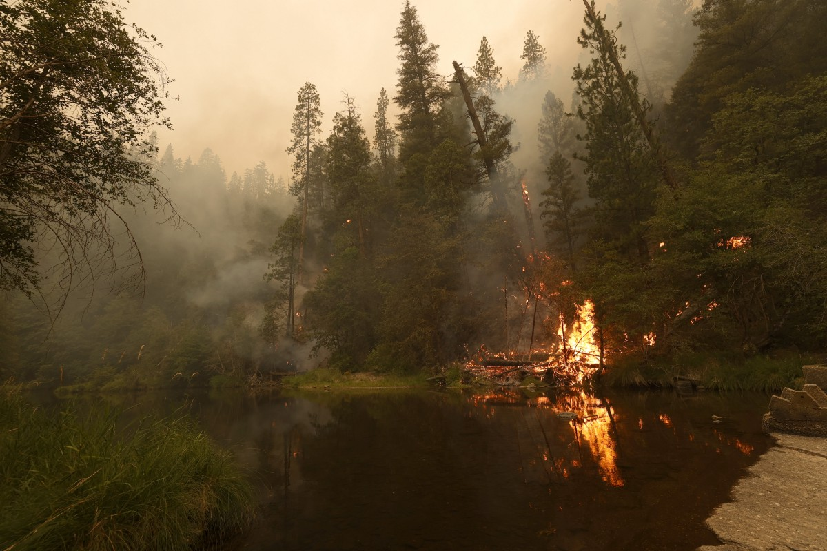 Dixie Fire Has Now Grown to Over a Quarter-Million Acres in Size