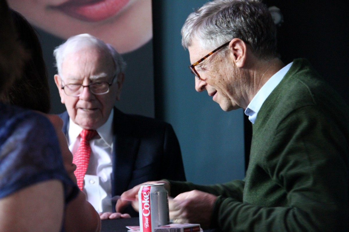 "Warren Buffett: ""Really Successful People Say No To Almost Everything"""