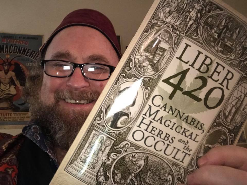 Penumbra interviews Chris Bennett about his book Liber 420: Cannabis