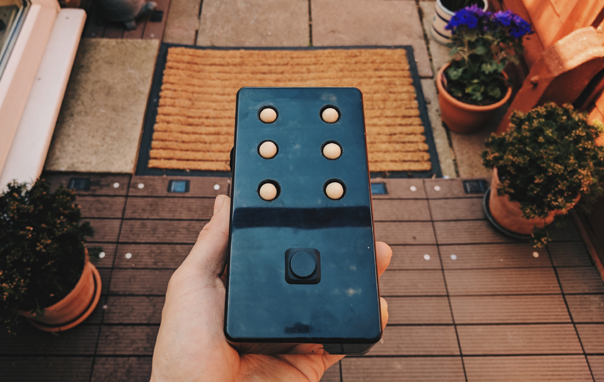BrailleBox: Building a Braille news reader with Android Things