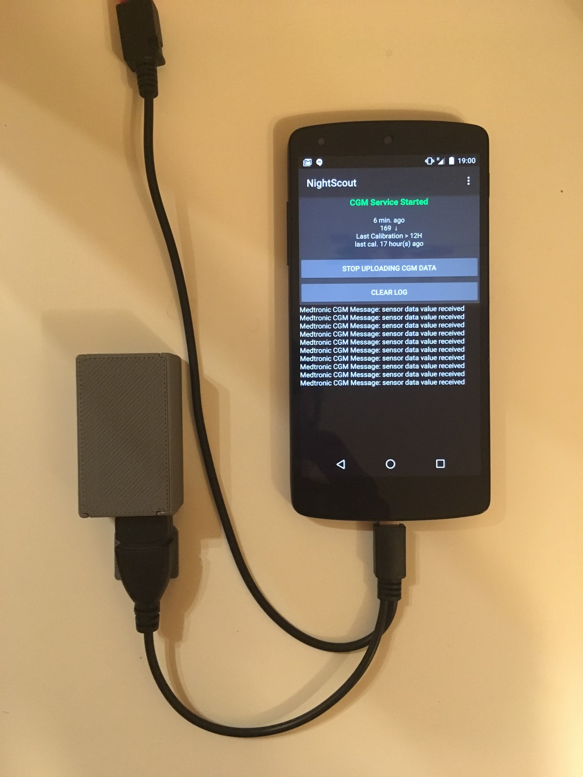 Constantly charging my Nightscout Uploader with an Y-Cable