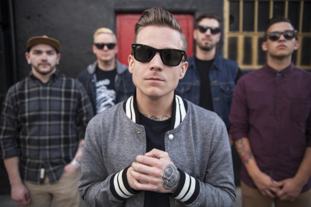 The Man Who Didn't Sink: Broadside's Oliver Baxxter Discusses 'Old