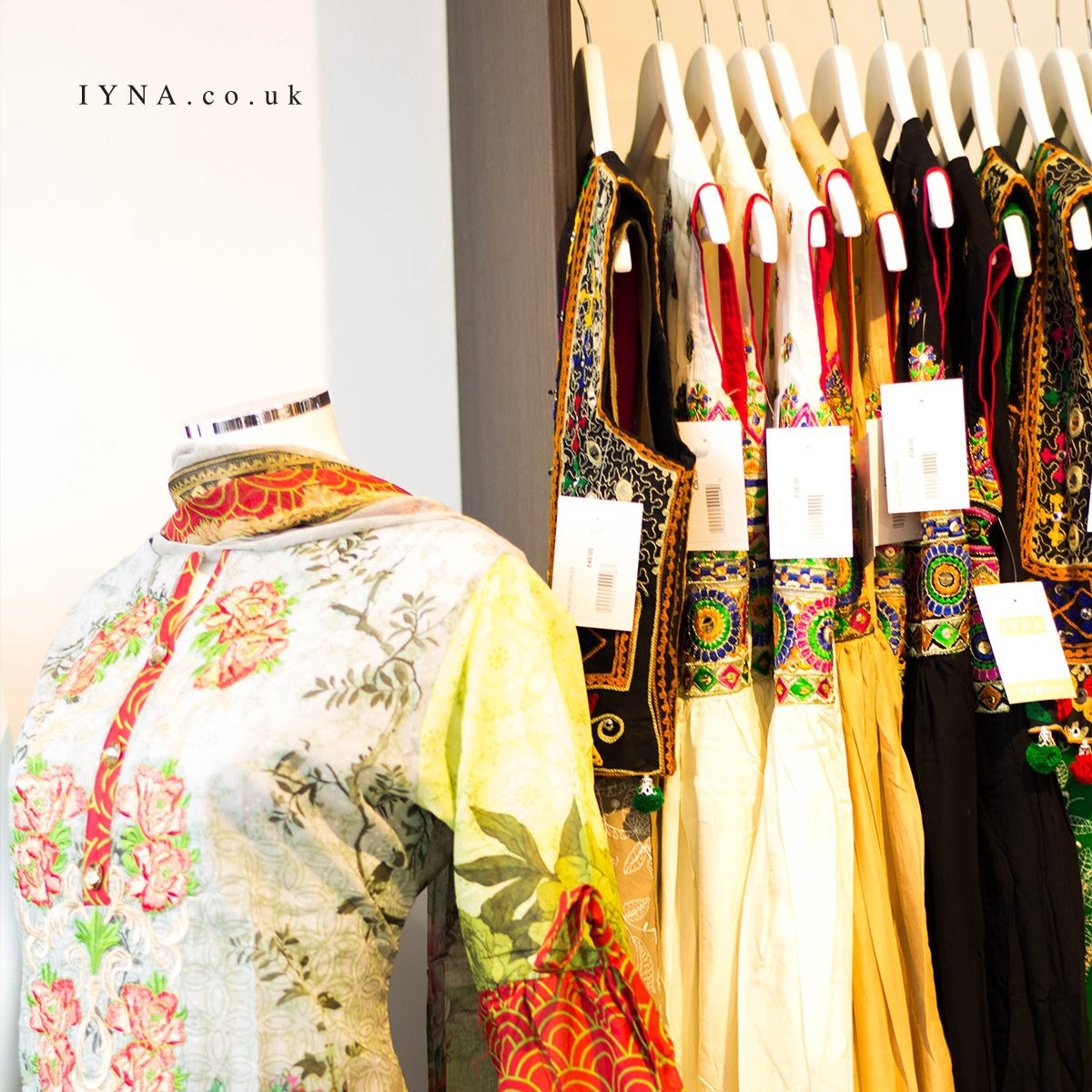 Online Pakistani Dresses In The Town By Iyna Online Ltd Medium