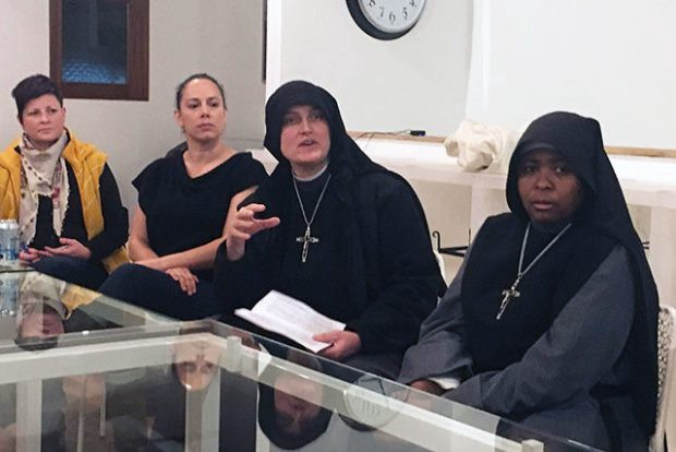 Neighbors and nuns face off over soup kitchen - SF Homeless Project