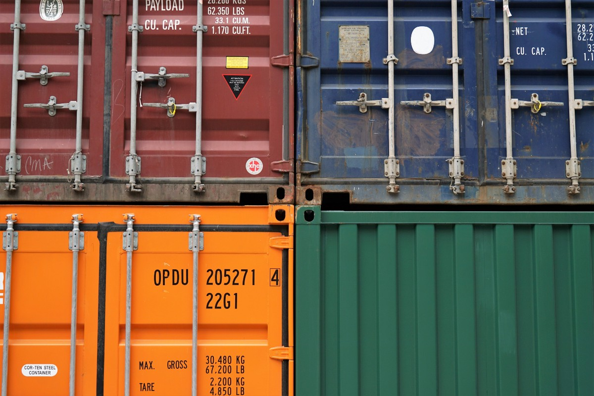 Deploying a scalable web application with Docker and Kubernetes