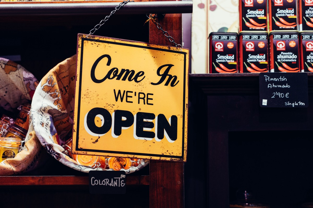 How Launching a Startup Is Different From Starting a Small Business