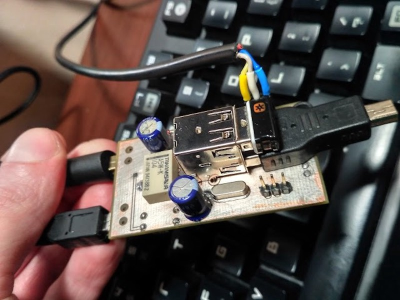 Here's How You Can Make Your Own KVM Switch to Control
