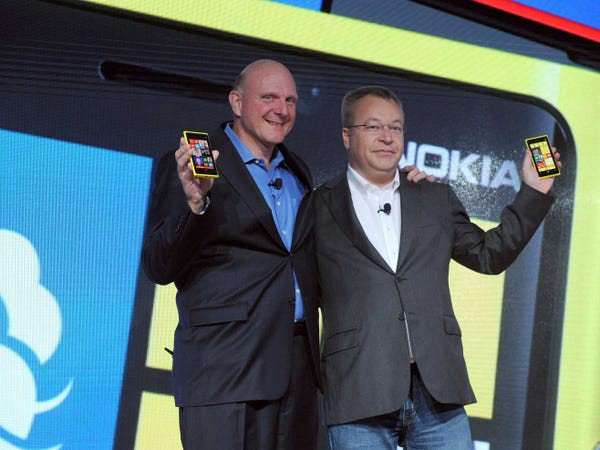 Image of Microsoft CEO Steve Ballmer and Nokia CEO Stephen Elop
