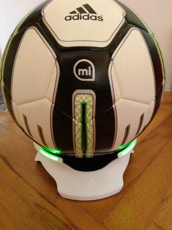 Review: Adidas miCoach Smart Ball Matt Marenic Medium