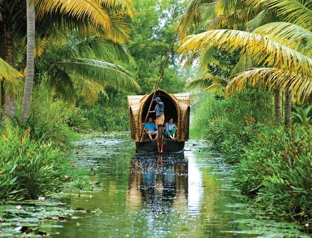 Low Budget Tour Packages for Kerala - The Holiday India - Medium