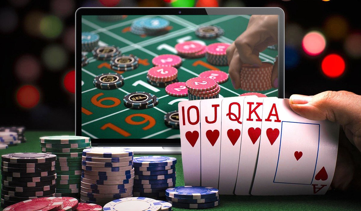 What tricks are used by online casinos to lure players? | by Jeffrey  Hancock | Medium