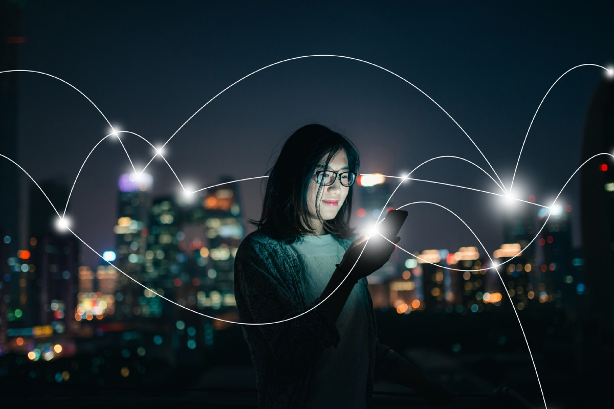 Smart Cities: Helping People and Engaging Citizens
