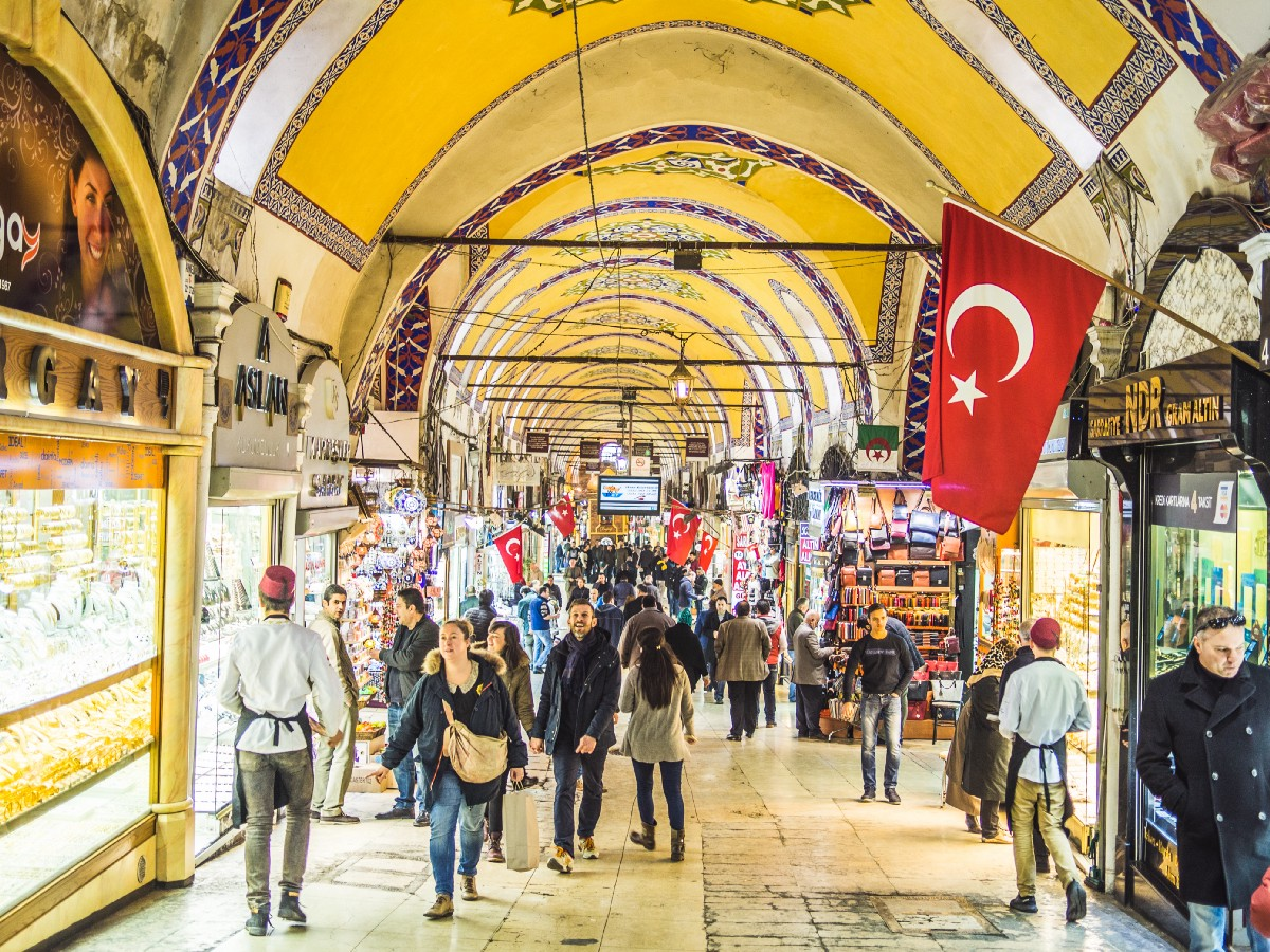 10 surprising Cultural Habits from Turkish people you need to know