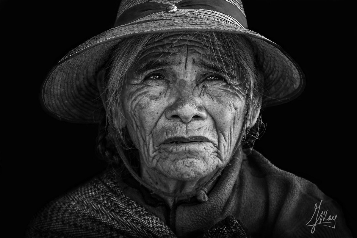 How to Take Authentic and Ethical Portrait Photos While Traveling
