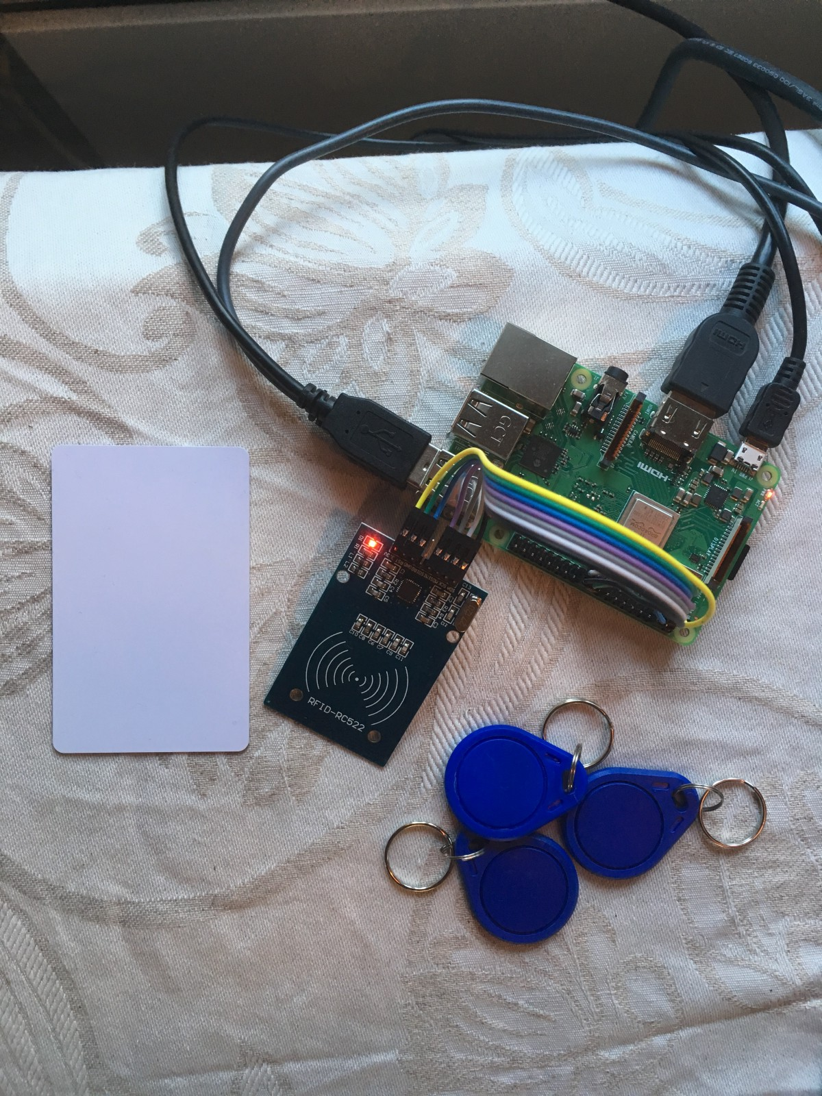 Integrating physical devices with IOTA — Using RFID with IOTA