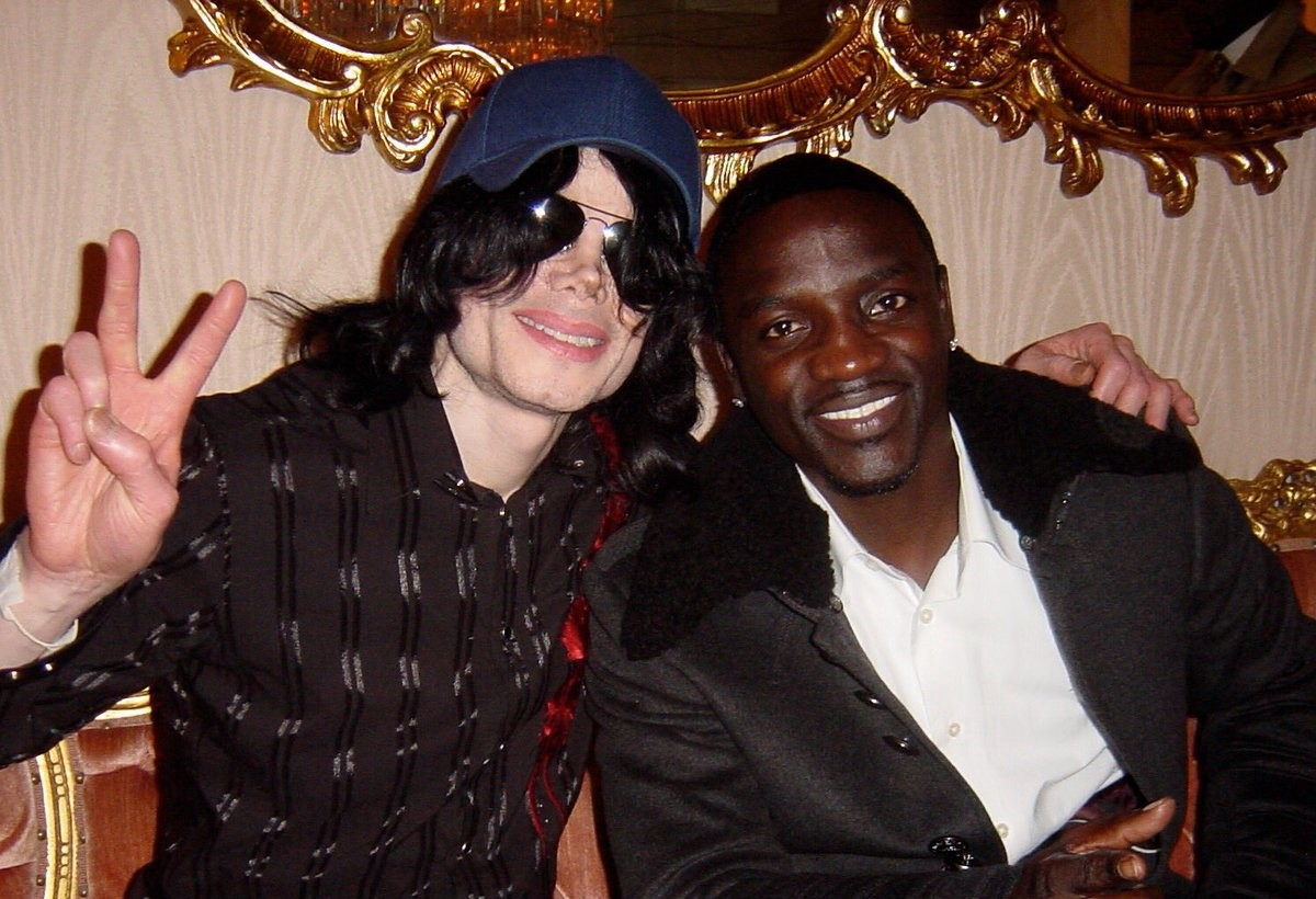 Akon defende Michael Jackson - MJ Beats