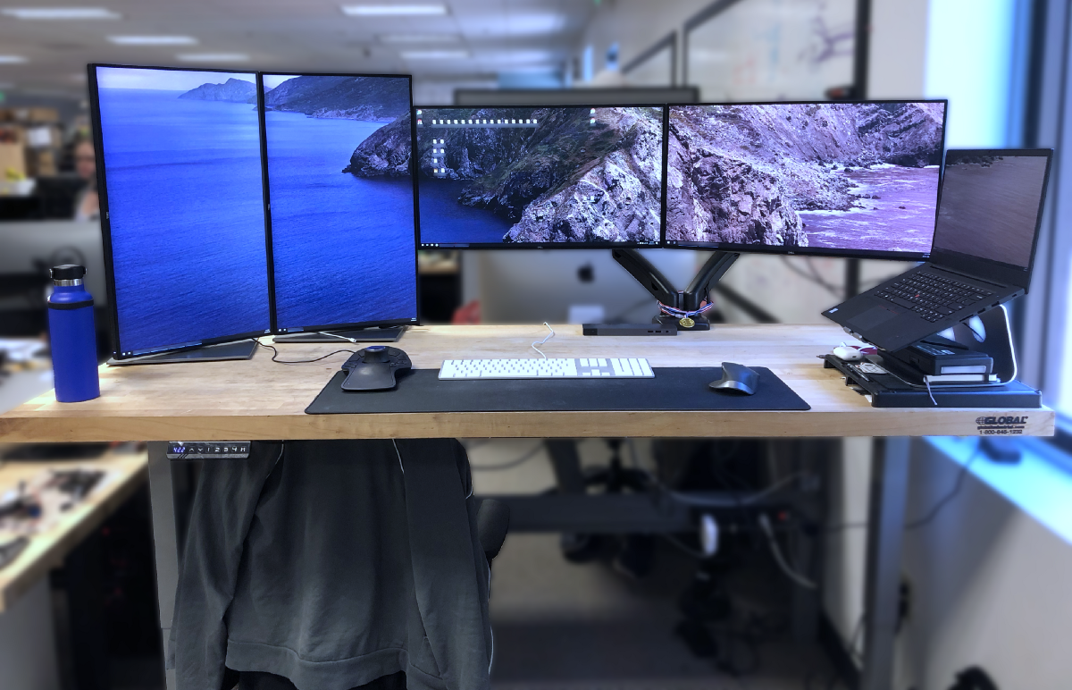 - The Crazy Desk Setup Of A Silicon Valley Engineer - Matthew Cheung