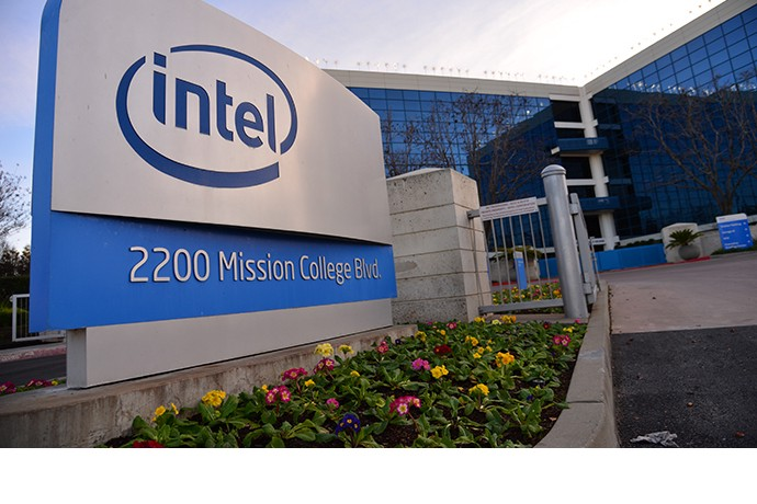 Intel Has Figured Out How To Compute In 3 Dimensions And It Could Put The Company Back On Top