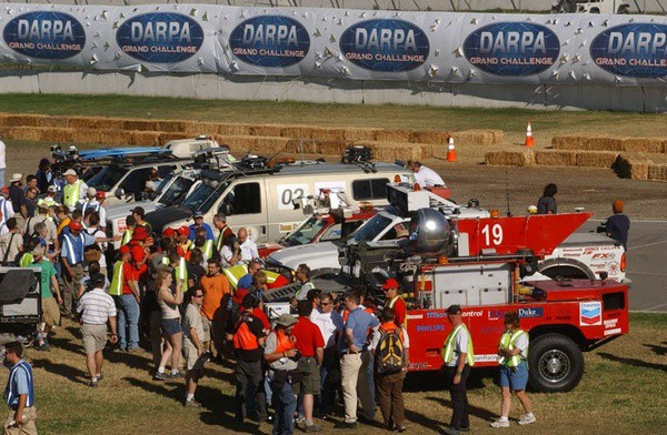 Teams mingling at the 2004 Challenge.