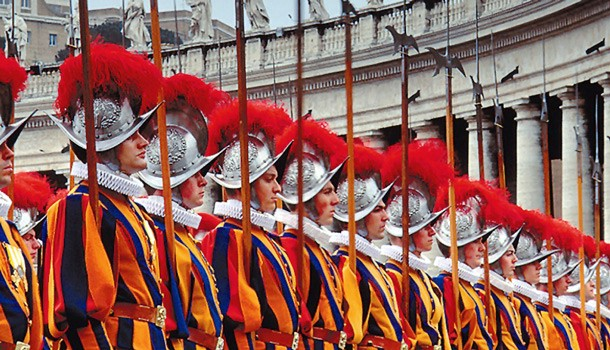 Why do the Swiss guard Vatican City? - Sightseeing Tours