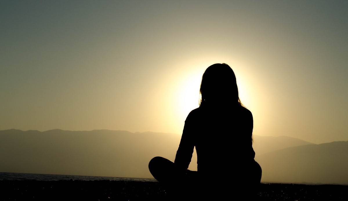 How to Practice Meditation to Become a More Peaceful and Focused Performer
