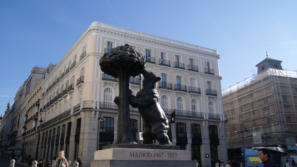 Monumental bias: Madrid puts up four statues of a man for every statue of a woman