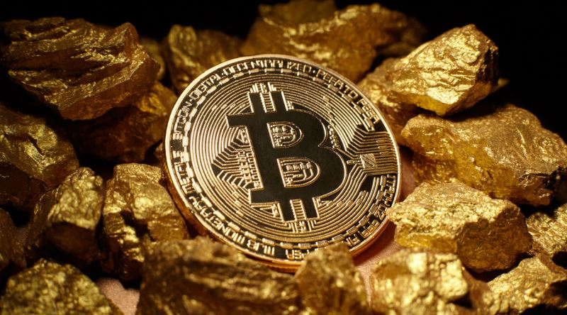 Are gold and the dollar outdated technologies - Jose Maria