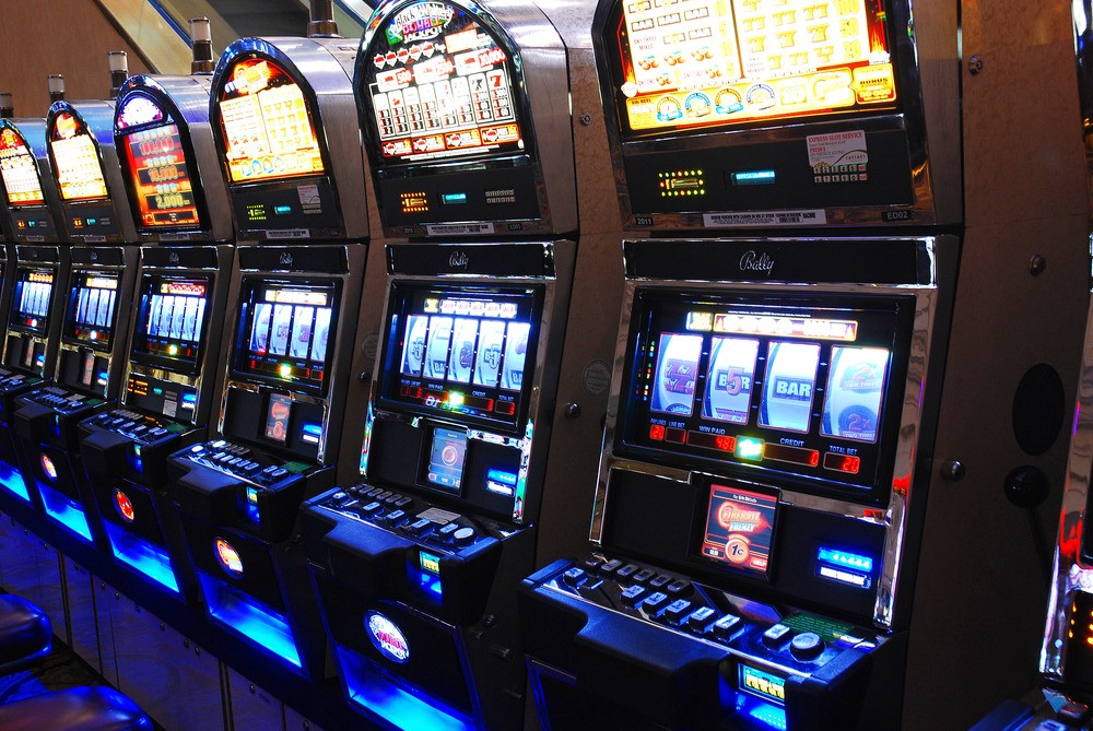 7 Slot Machine Myths. Whether your standing in front of one… | by Kheper |  Medium