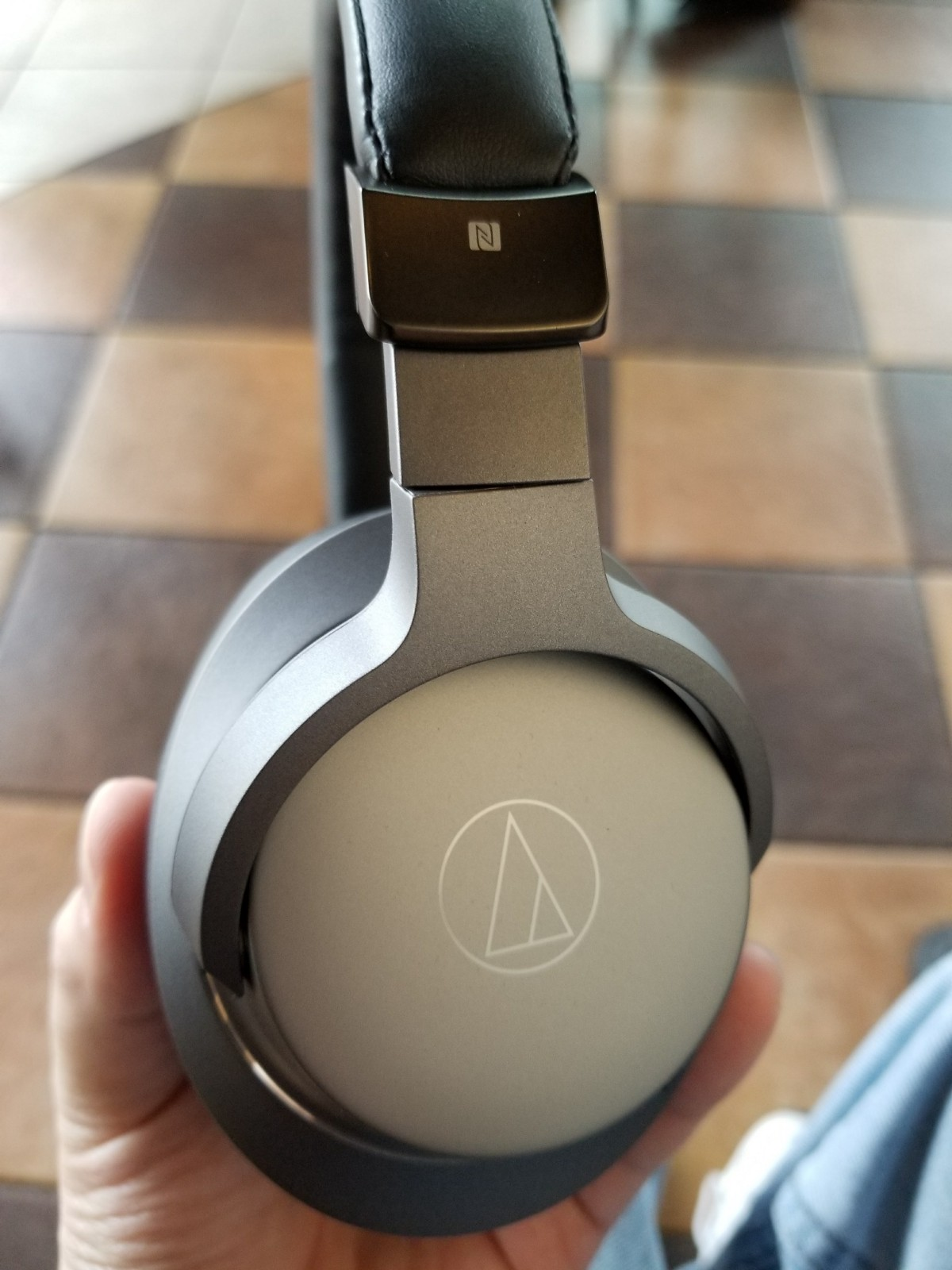 Audio Technica Sr6bt Wireless Headphones Review Like The