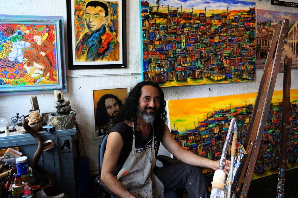 One-on-one with Rio's most famous favela artist - Urban