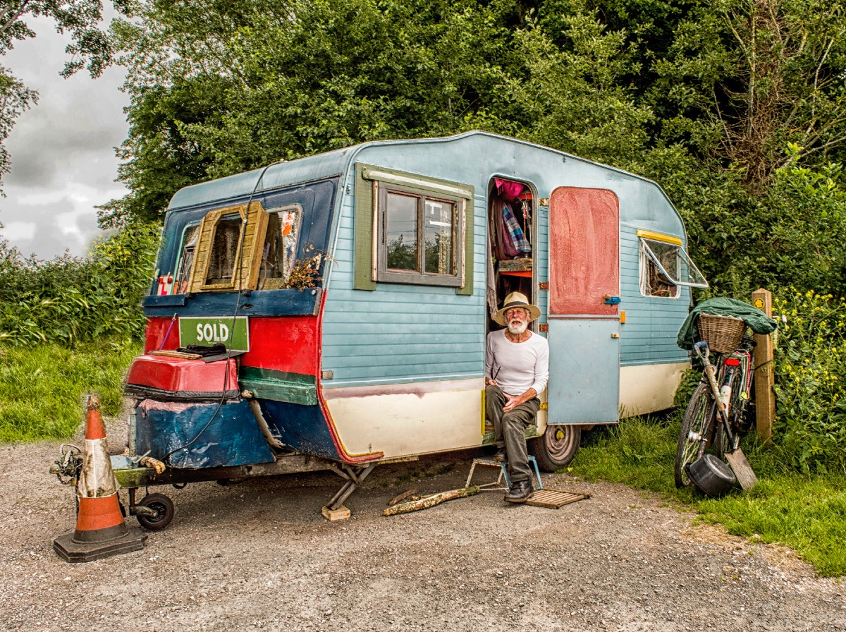 vintage travel trailer buying guide