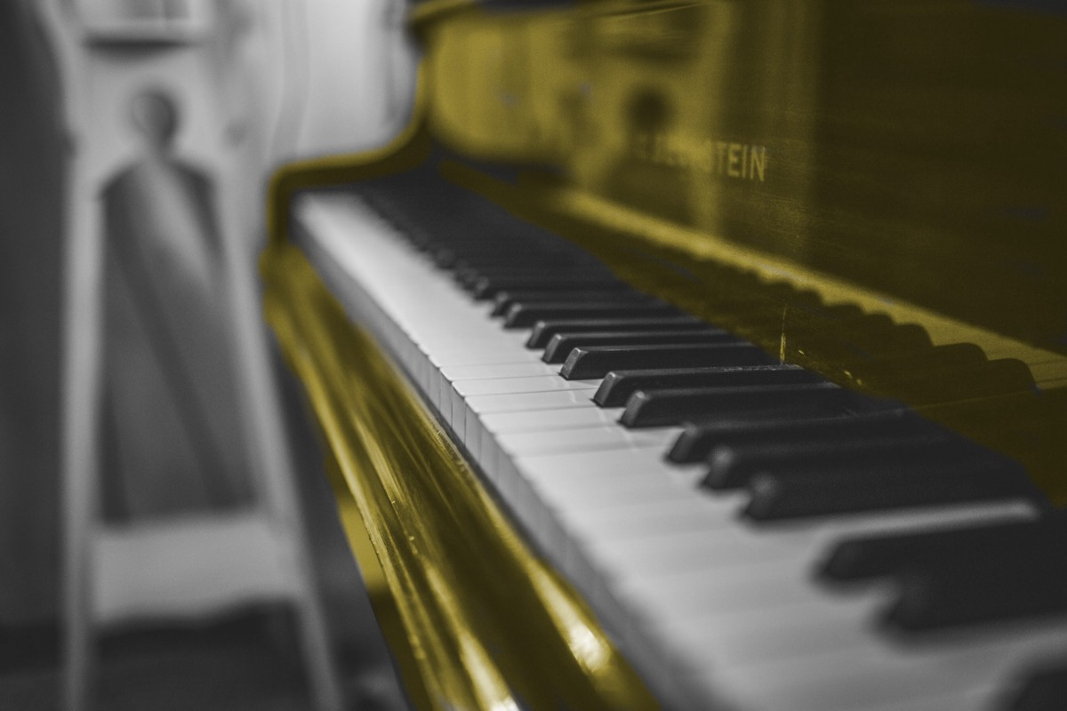 Play Sheet Music with Python, OpenCV, and an  Music Recognition Model