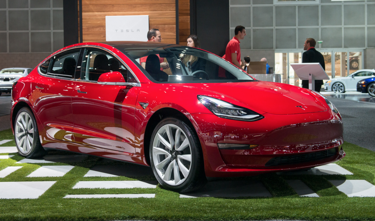 I Took A Tesla Model 3 For A Road Test - Self-Driving Cars