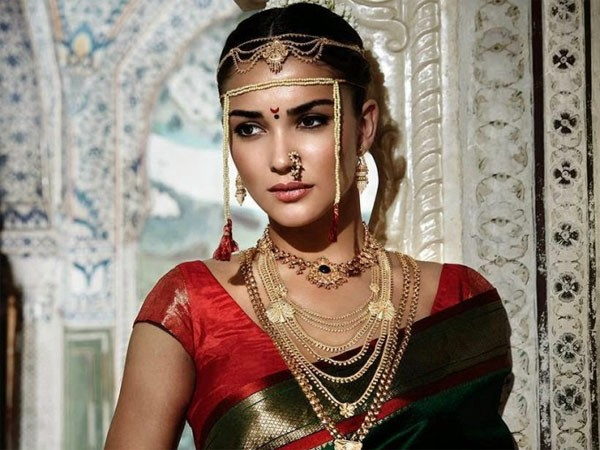 d7b478c740 Here are the major traditional dresses that are seen in various parts of  India. Get the best online methods to grab the most beautiful stuffs!