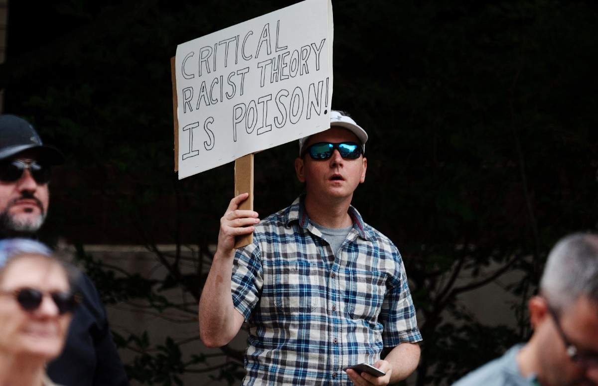 Barring Critical Race Theory Is Conservatives' Latest Pathetic Political Stunt