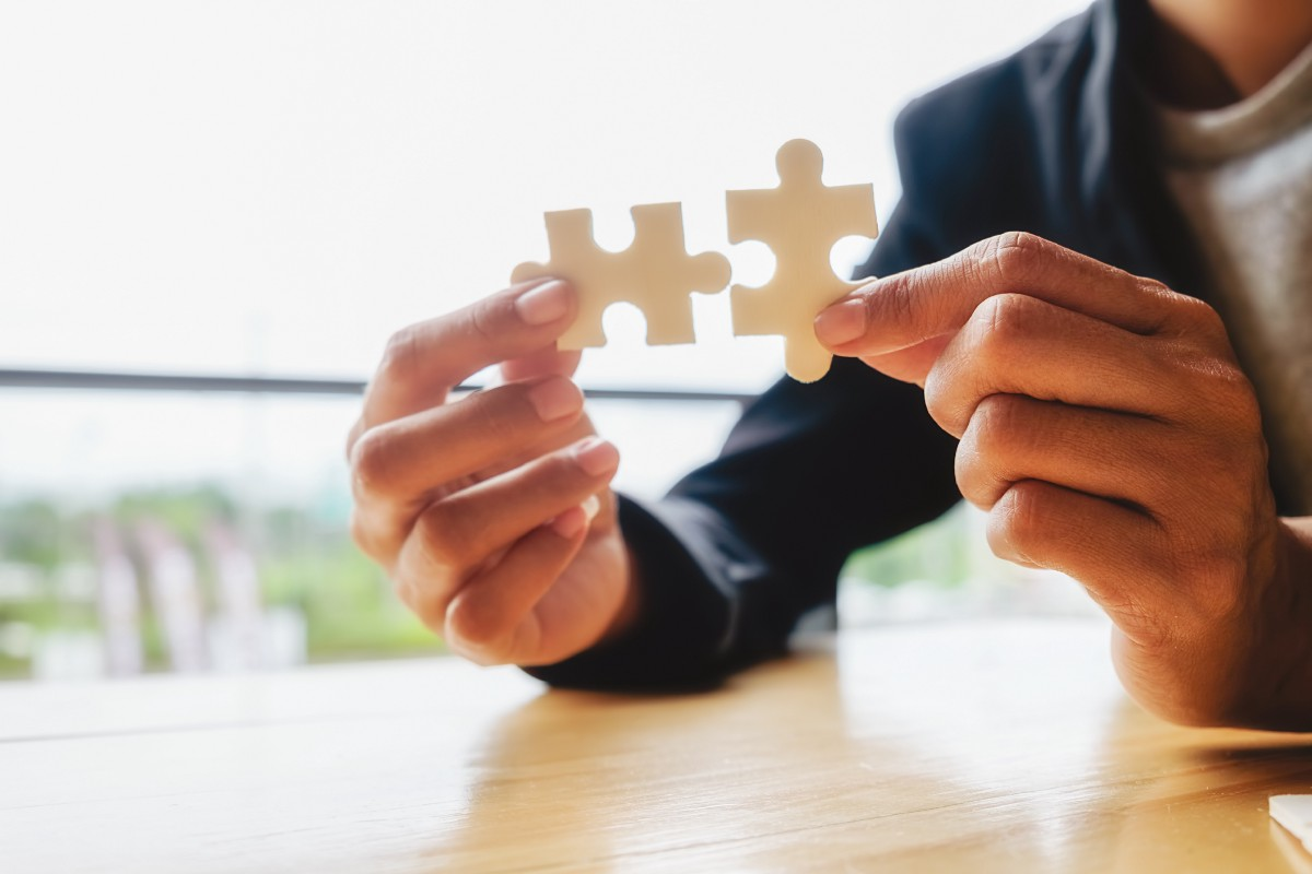 The Jigsaw Puzzle Approach to Reaching Your Life Goals