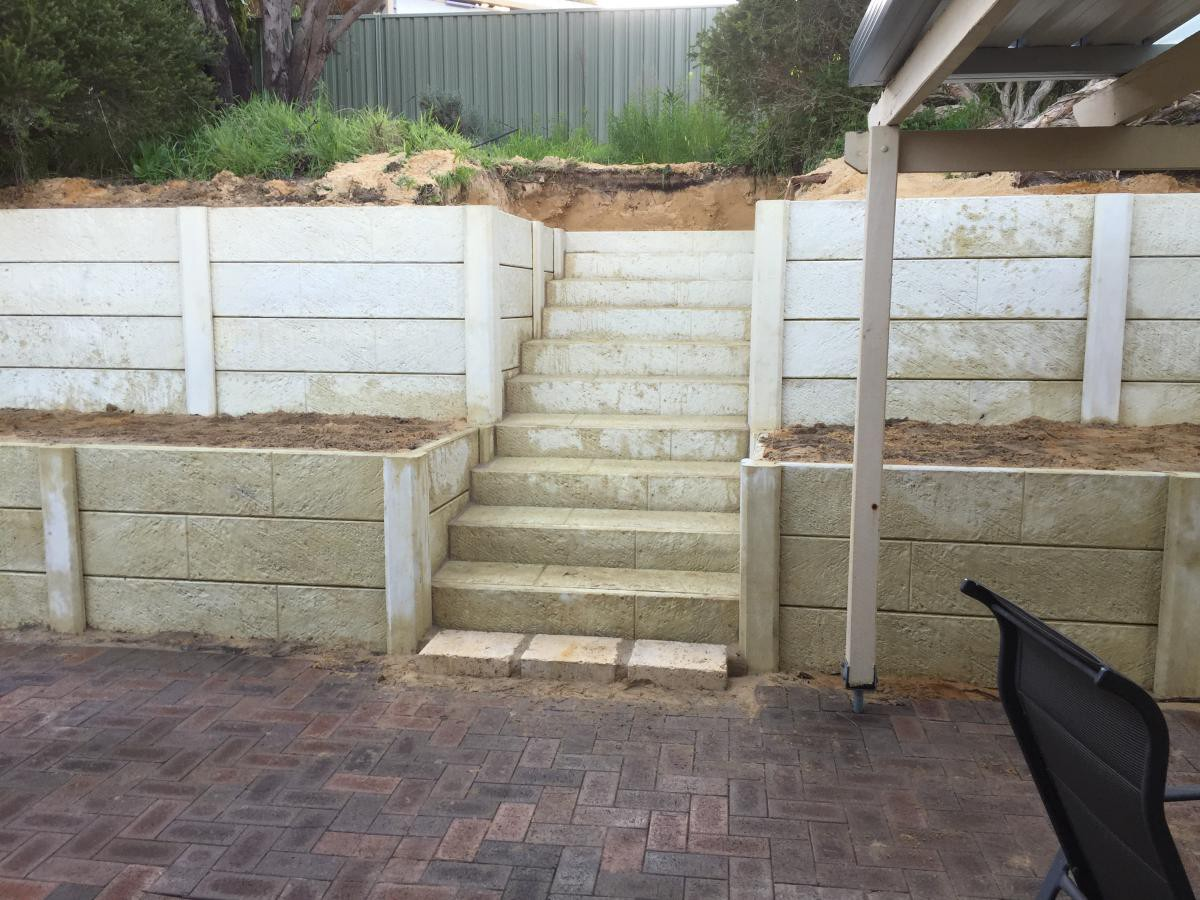 Important Things You Should Consider Before Building Retaining Walls