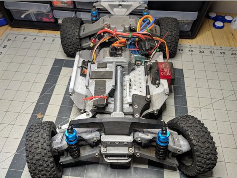 Excellent 3D-Printed RC Car Features Variety of Drivetrain