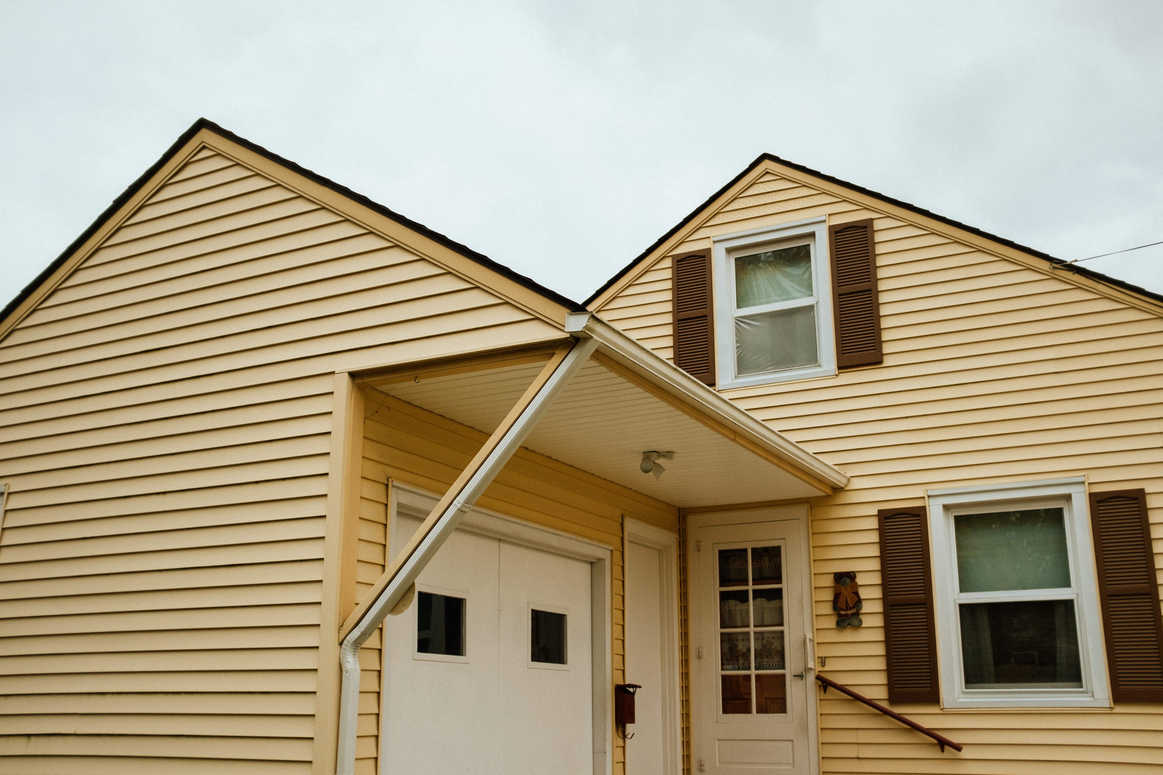 What Should You Consider Before Installing House Siding