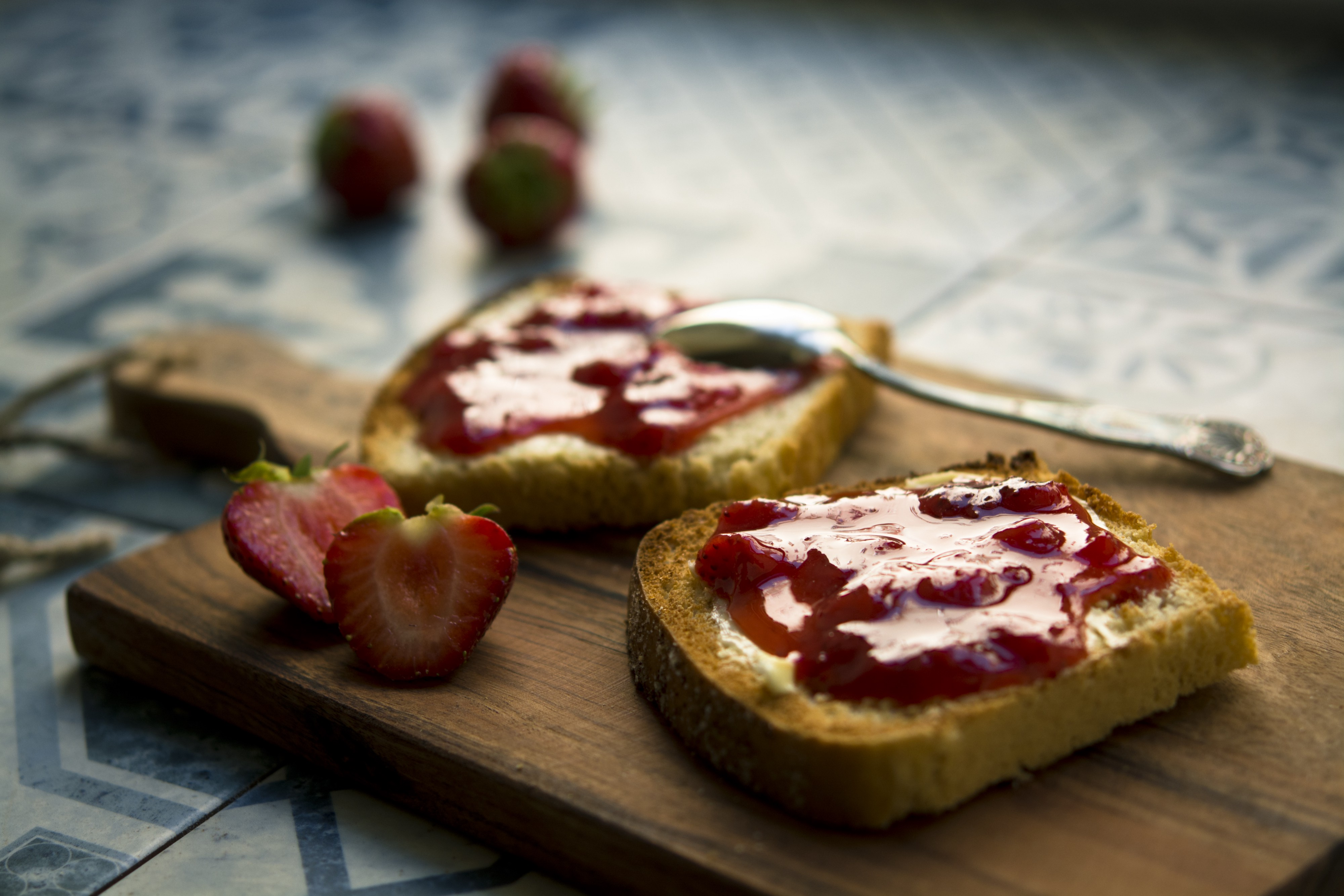 toasted bread with strawberry jam