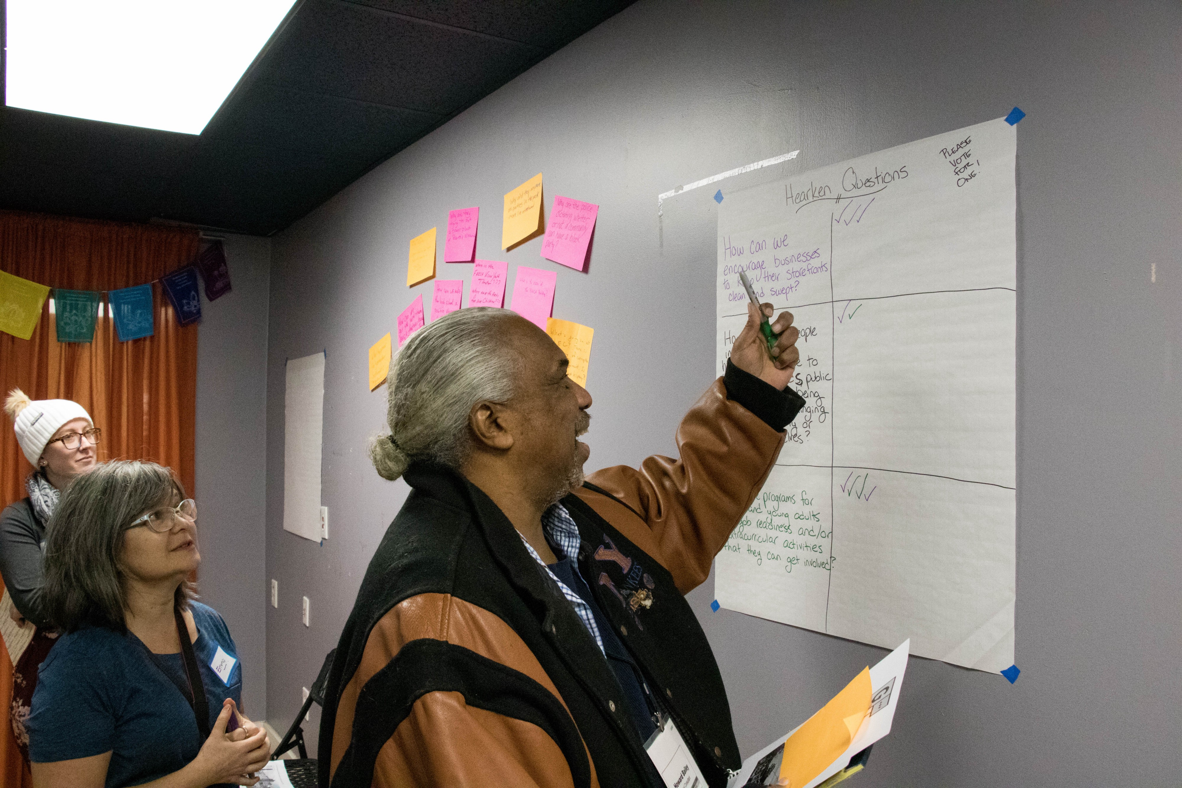 Germantown residents meet with WHYY to discuss local reporting