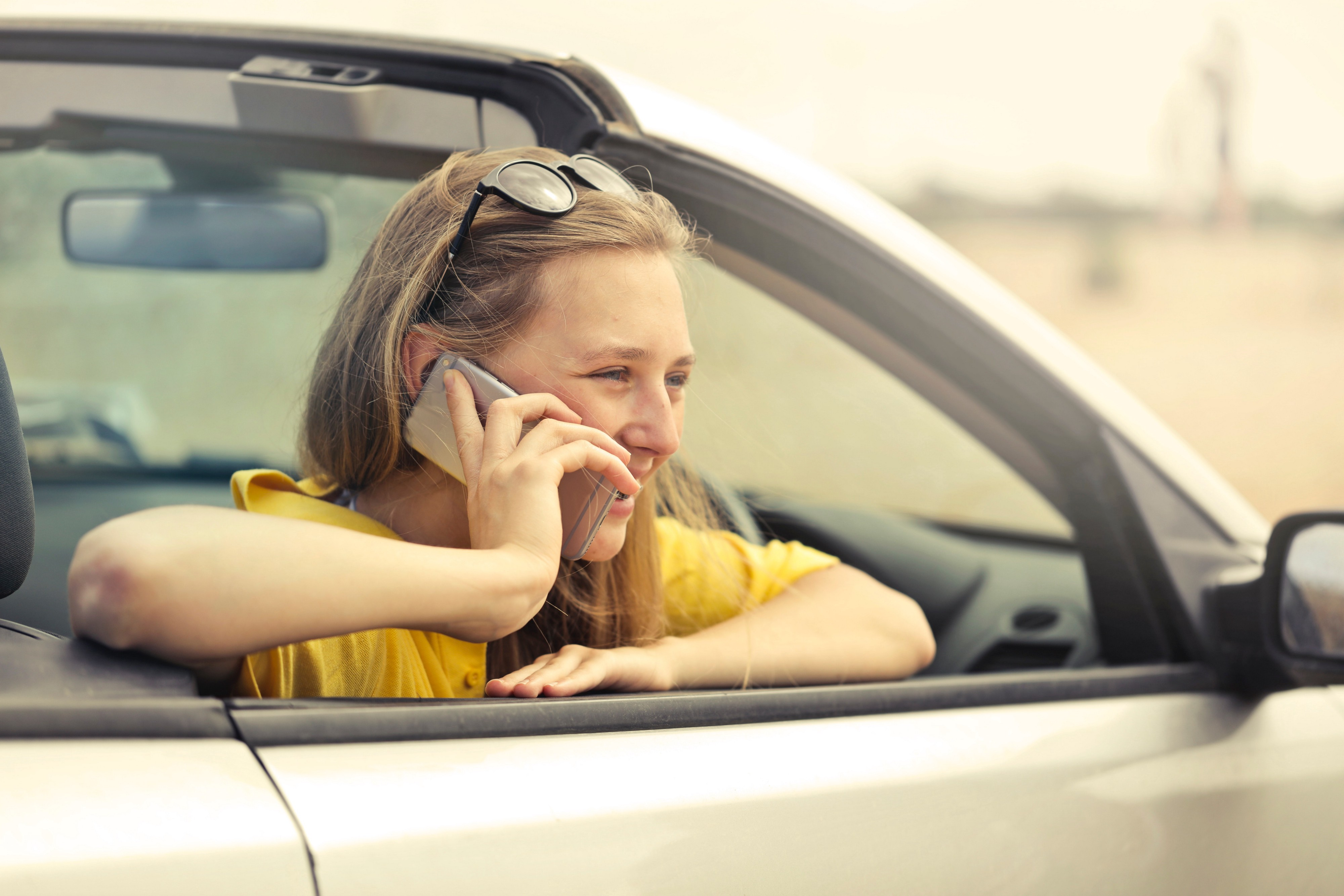 13 Tips on How to Save International Roaming Data Charges