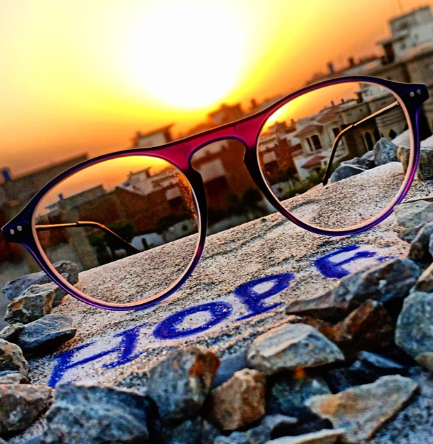 Reset your life to thrive post-COVID. Take 15 minutes to answer 6 questions that will inspire you to reset how you see your life today, and how you approach your future. Put on new lenses to see with 2020 vision.