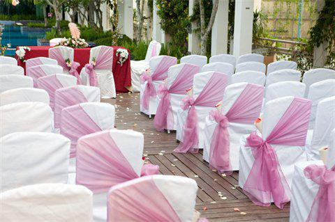 Cheap Wedding Chair Covers >> How To Go For Cheap Wedding Chair Covers Simply Elegant
