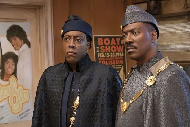 Eddie Murphy and Arsenio Hall in Coming 2 America.