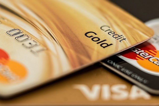 The reality About Low-Interest Credit Cards  in today's life